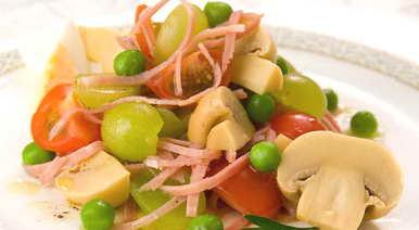 Салаты рецепты из зеленого винограда с