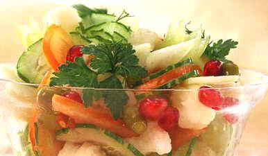 Салат рыбный деликатесный